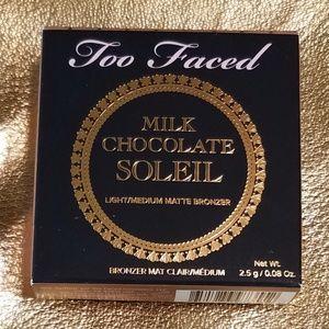 Too Faced Milk Chocolate Soleil Bronzer Bundle
